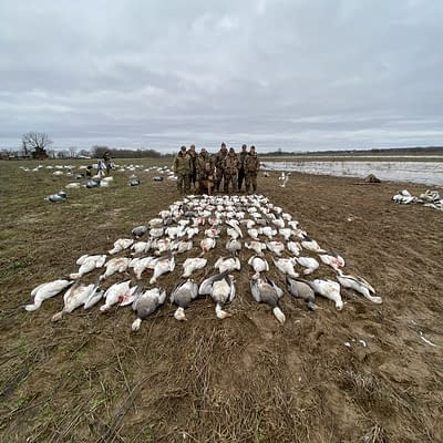 Happy customers, snowgoose, epic guide service, waterfowl hunting